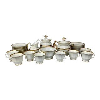 Antique Old Paris Porcelain White Tea Service With Gold Trim - Set of 32 For Sale