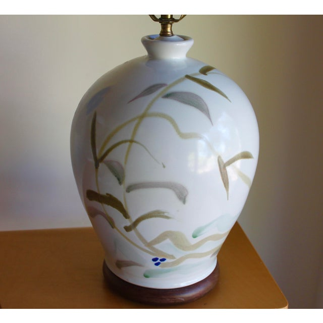 Vintage Hand Painted Japanese Style Glenn Burris Studio Handmade Pottery Lamp For Sale - Image 4 of 10