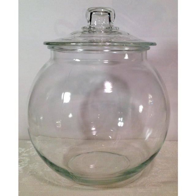 Nice unusual shaped mid Century clear glass jar. Great condition!