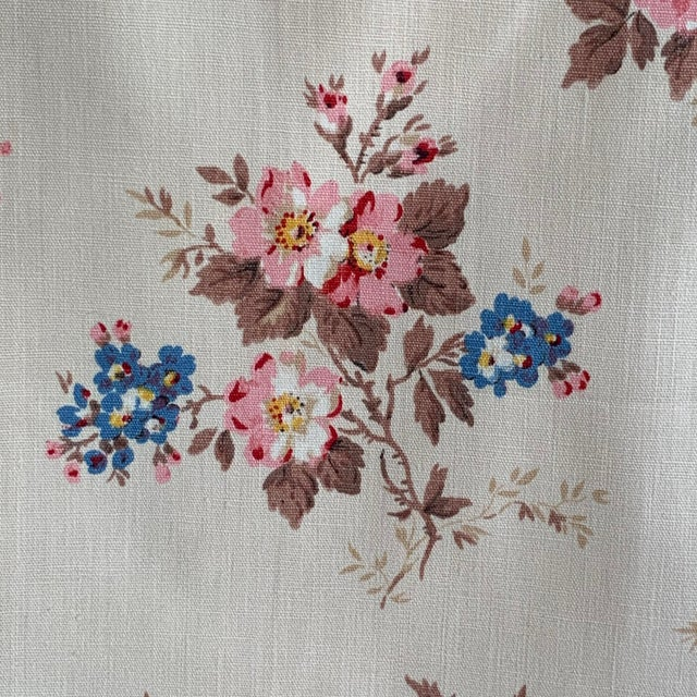 Beige Vintage French Shabby Chic Roses Pattern Curtain For Sale - Image 8 of 10