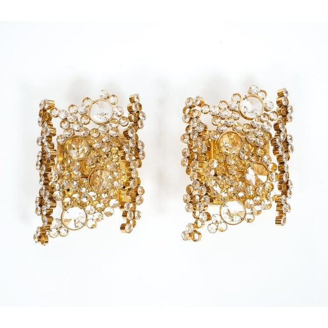 1960s Pair of Gilt Brass and Crystal Glass Encrusted Sconces by Palwa For Sale - Image 5 of 5