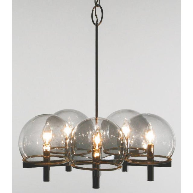 Mid-Century Modern Gaetano Sciolari Chrome & Smoked Glass Five-Arm Chandelier For Sale - Image 3 of 8