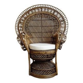Grand Tea Stain Wicker Peacock Chair For Sale