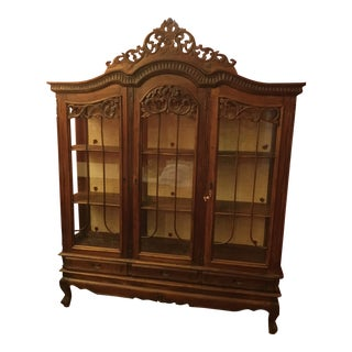 Vintage Traditional Dining Hutch For Sale