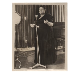 """1940s Vintage Louise Beavers Gone With the Wind Signed """"Beulah"""" 8x10 Black & White Photograph For Sale"""