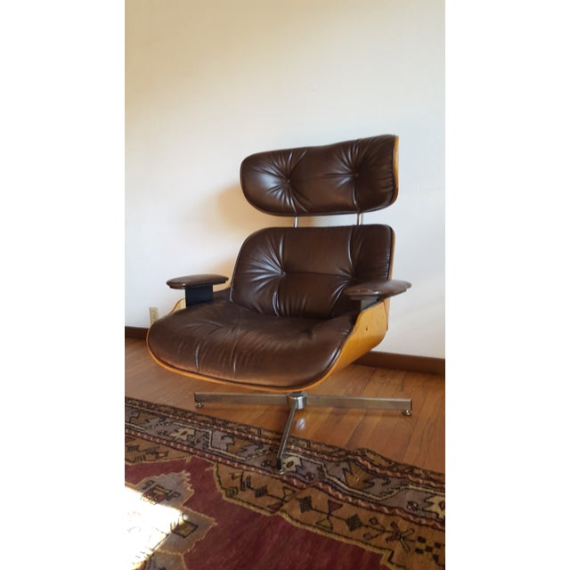 Mid-Century Modern Vintage Eames Style Chocolate Selig Plycraft Lounge Chair For Sale - Image 3 of 11
