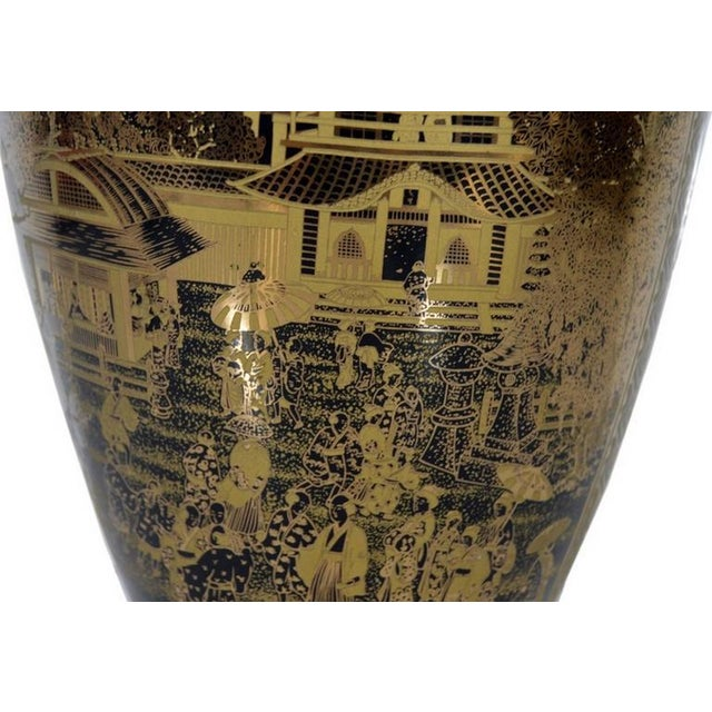 Mid 20th Century Vintage Hand-Painted Black Gilt Porcelain Vase from 1980s, China For Sale - Image 5 of 10