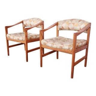 Edward Wormley for Dunbar Mid-Century Modern Sculpted Oak Armchairs, Pair For Sale