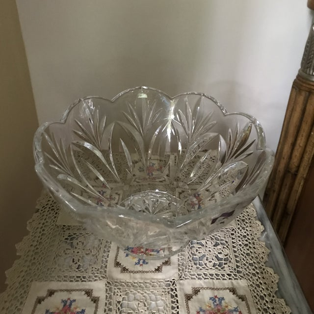 1900s Crystal Bowl Marquis by Waterford Crystal Canterbury Pattern Bowl/Final Reduction For Sale - Image 5 of 10