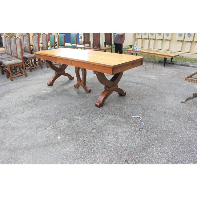 Art Deco 1940s French Country Solid Sycamore Tulip Base Dining Table For Sale - Image 3 of 13
