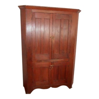 19th Century Early American Corner Cupboard For Sale