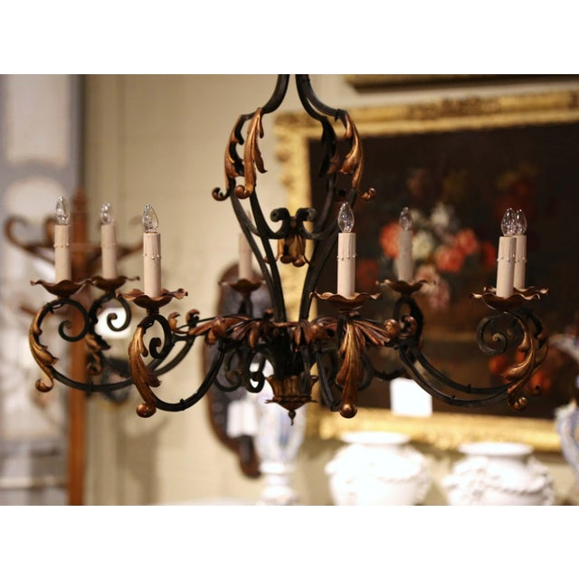 French Early 20th Century French Louis XV Painted & Gilt Six-Light Iron Chandelier For Sale - Image 3 of 12