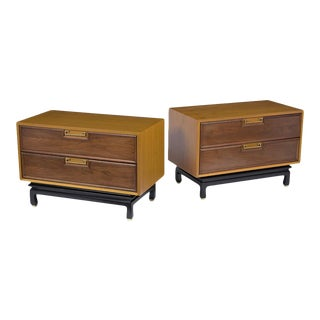 Pair of Mid-Century Modern American of Martinsville Nightstands For Sale