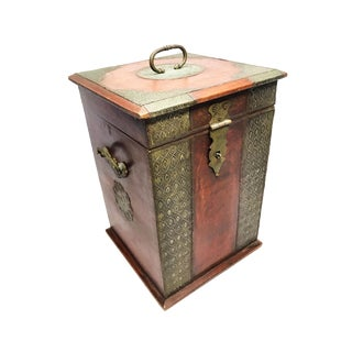 1900s Victorian Hand Crafted Solid Wooden Wine Carrier
