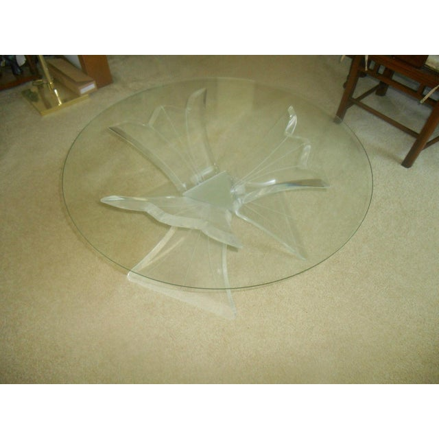 Mid-Century Modern Mid-Century Thick Lucite Flower Base & Glass Coffee Table For Sale - Image 3 of 4