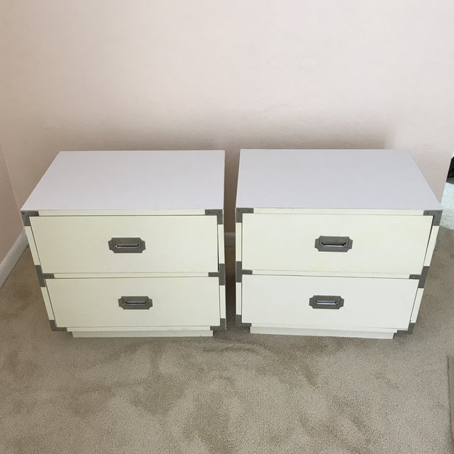 Vintage Dixie Campaign Hollywood Regency Nightstands - a Pair For Sale - Image 12 of 12