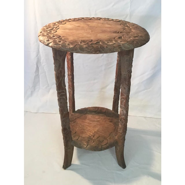 African Carved Monkey Side Table For Sale In Los Angeles - Image 6 of 11
