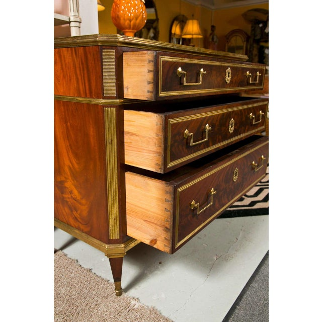 Mid 19th Century French Louis XVI-Style Chest of Drawers For Sale - Image 5 of 9