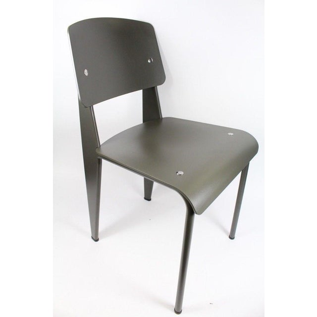 This pre-owned Jean Prouve Standard SP Chair in Basalt by Vitra is about two years old (one owner). It is cosmetically in...