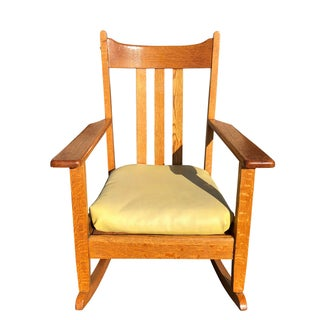 Early 20th Century Antique Quartersawn Mission Oak Rocking Chair Preview