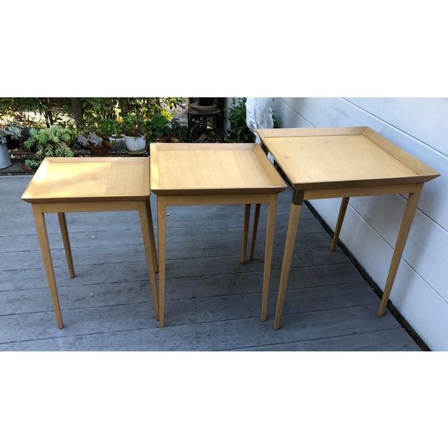 Widdicomb 1950s Robsjohn-Gibbings for Widdicomb Stacking Side Tables - Set of 3 For Sale - Image 4 of 12