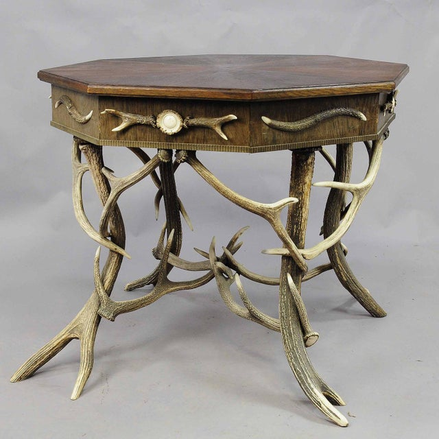 1900 Octagonal Antler Table For Sale - Image 4 of 7