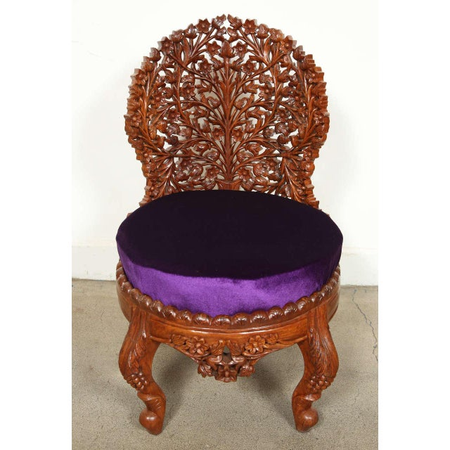 Anglo-Raj Settee and Side Chairs Suite For Sale In Los Angeles - Image 6 of 10