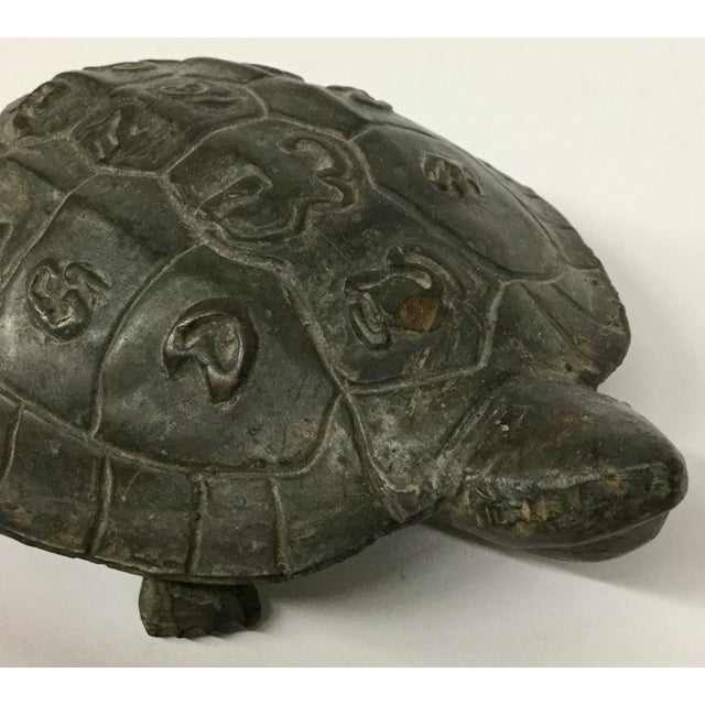 A beautiful example of the Turtle in action. He has been lovingly taken care of for decades. Cool carvings on his back and...