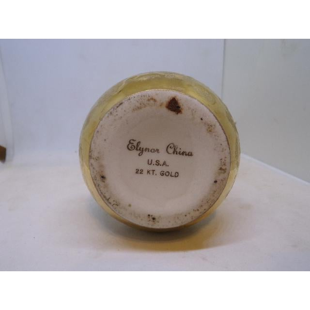 Vintage Elynor China Weeping Bright Gold Vase For Sale - Image 4 of 5