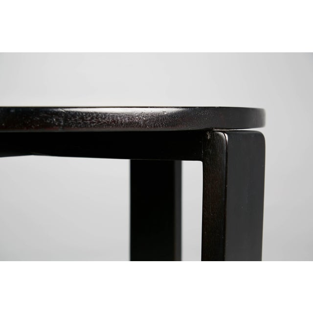 1940s French Art Deco Cocktail Nesting Table and Leather Stools Set For Sale - Image 10 of 11