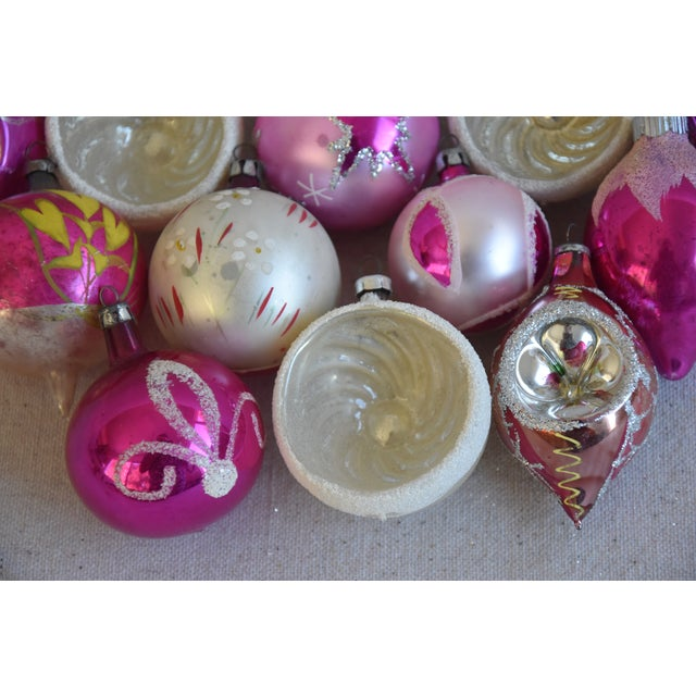Pretty Vintage Pastel Christmas Tree Ornaments W/Box - Set of 12 For Sale In Los Angeles - Image 6 of 9