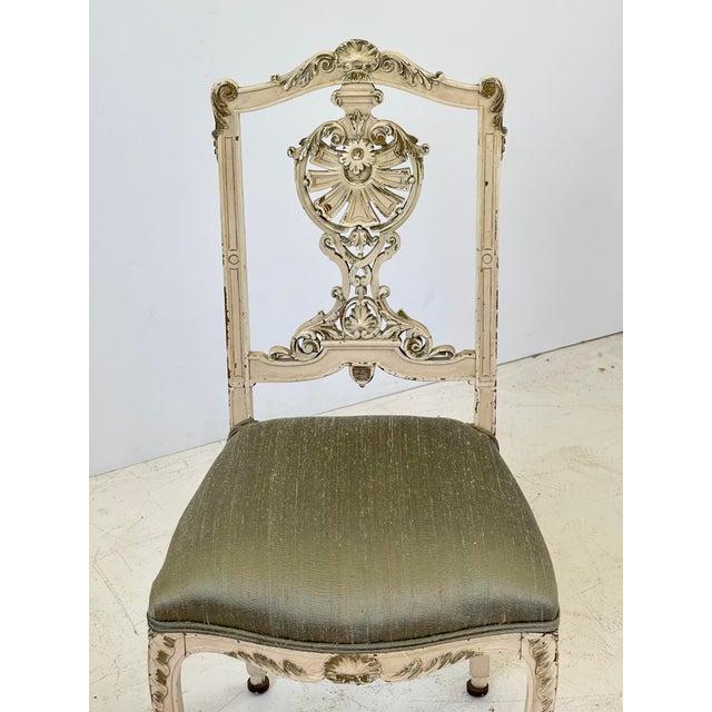 Cream Italian Parcel Gilt Vanity Chair For Sale - Image 8 of 12