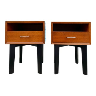 George Nelson Herman Miller Mid Century Pair of Nightstands or End Tables For Sale