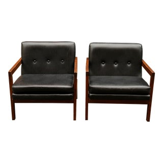 1970s Vintage Club Black Leather Chairs- Set of 2 For Sale