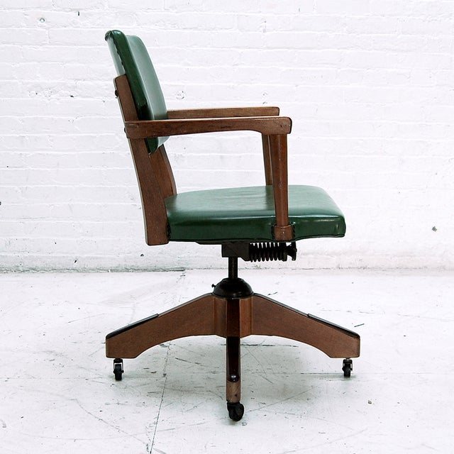 Mid Century Swivel Desk Chair in Green For Sale - Image 4 of 6