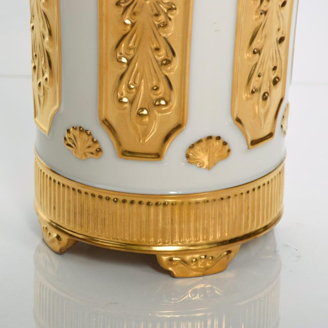 1960s Mid Century Modern Lenox Designer's Collection Versailles Gold Vase For Sale - Image 5 of 7