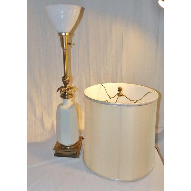 Stiffel Brass & Lenox Porcelain Table Lamp - Image 4 of 9