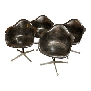 1968 Mid-Century Herman Miller Eames Dal Swivel Chairs - Set of 4 For Sale