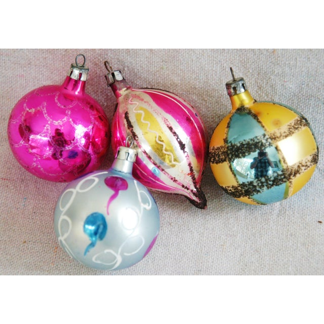 1950s Christmas Ornaments With Box - Set of 12 For Sale - Image 5 of 7