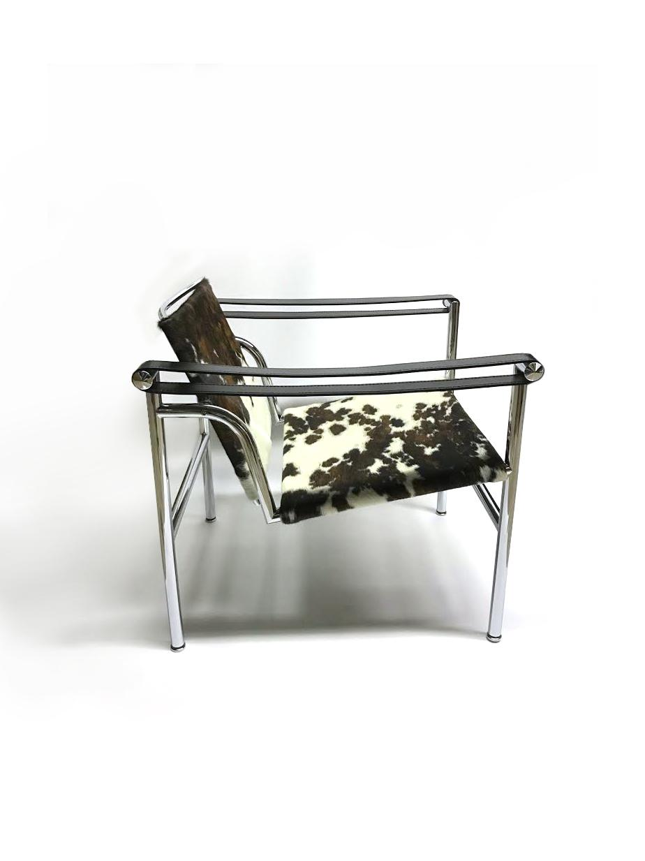 Mid Century Modern LC1 Cowhide Sling Chair For Sale   Image 3 Of 6