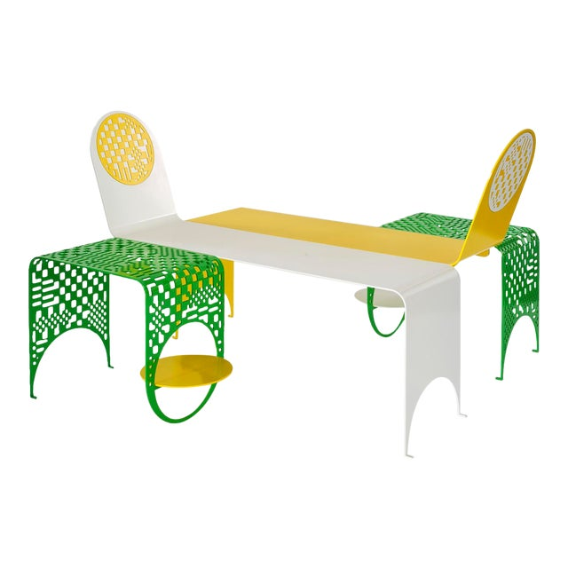 Contemporary Thin Check Double Chaise and Table Set in Powder Coated Steel - 4 Pc. Set For Sale