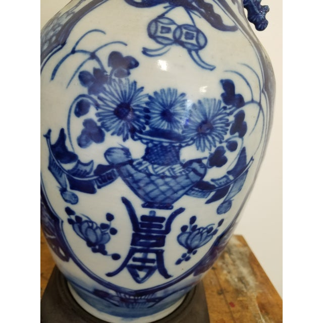 Pretty Chinese Blue and white Porcelain vase made later into a table.