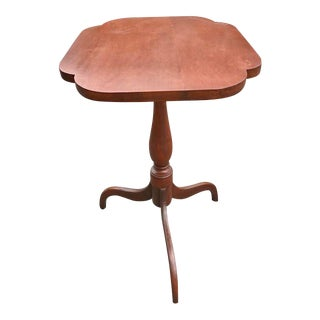 Early 19th Century Federal Period Cherry Candle Stand For Sale