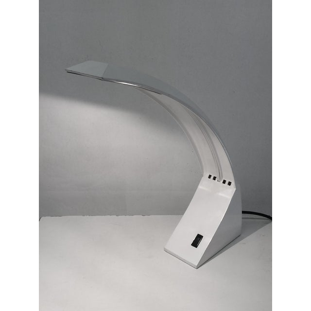 1970s White Lacquer Desk Lamp For Sale In Los Angeles - Image 6 of 6