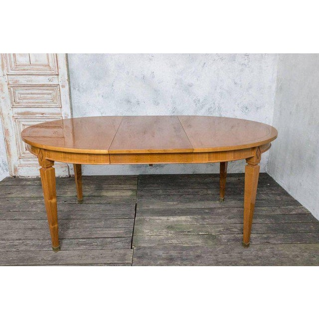 French 1940s Oval Dining Table For Sale In New York - Image 6 of 11