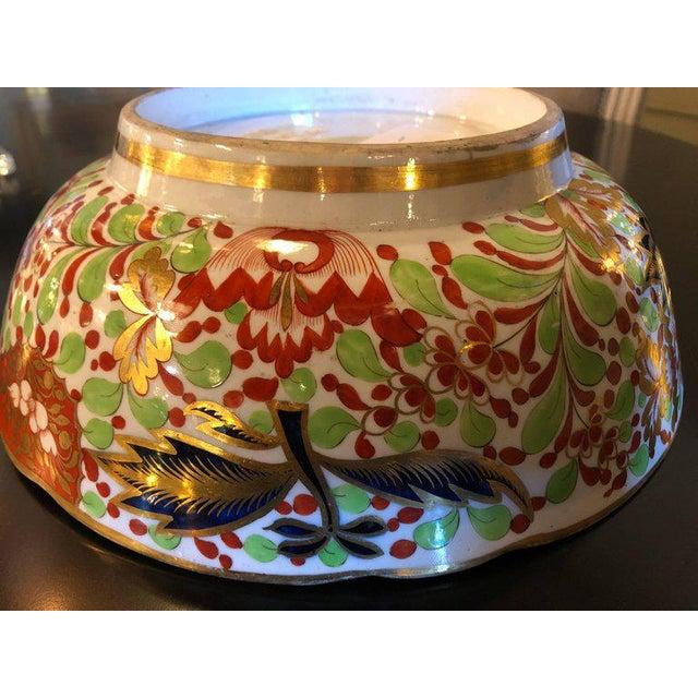 Ceramic English Worcester Porcelain Imari 19th Century Continental Circular Bowl For Sale - Image 7 of 11