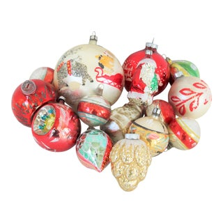European Red/Gold Christmas Hand-Blown Christmas Ornaments S/15 For Sale