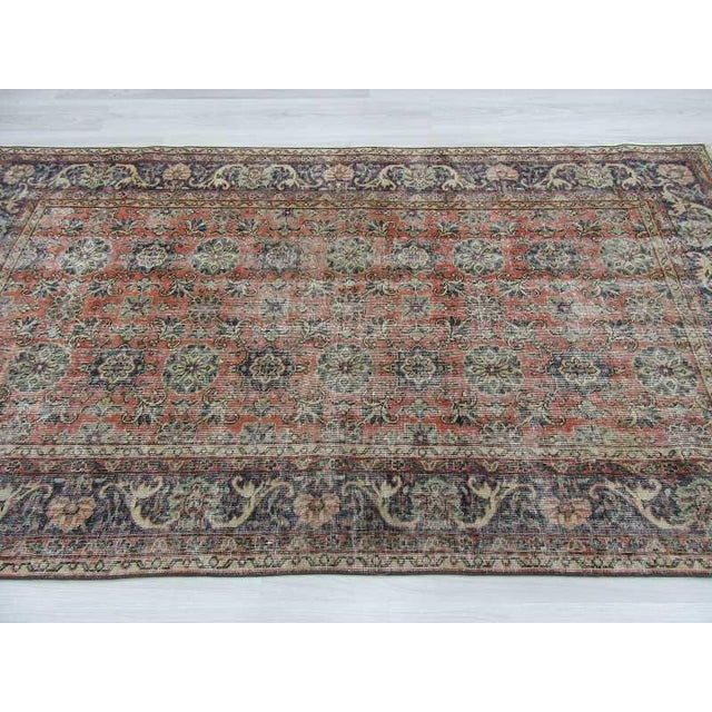 "Vintage Distressed Turkish Rug - 4'6"" x 8'1"" For Sale - Image 4 of 6"