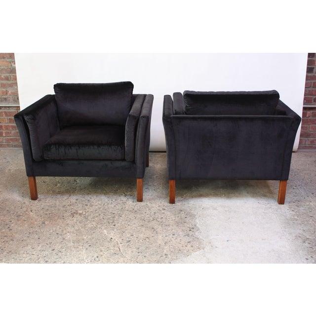 Pair of Danish Mogens Hansen Velvet Lounge Chairs - Image 3 of 10