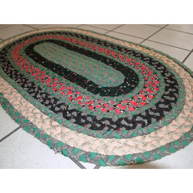 "1920s Handmade Antique American Braided Rug - 1'7"" x 2'9'"" For Sale - Image 5 of 9"